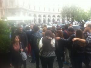 Piazza della Repubblica, panico!